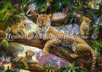 Tree Top Leopard Family SAS