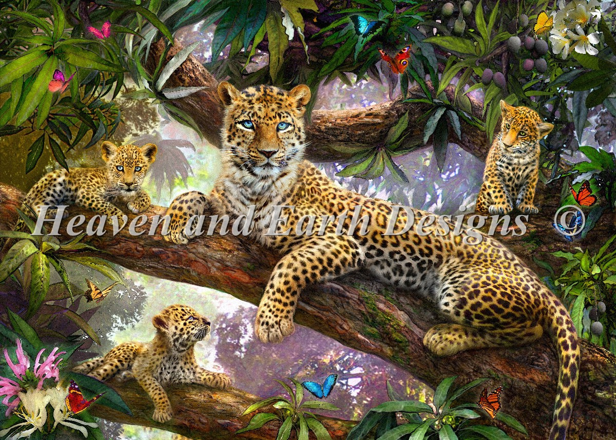 Supersized Tree Top Leopard Family